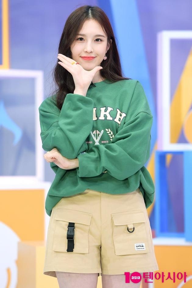 [TEN 포토] 위클리 이재희, '뭘 해도 귀엽다!'