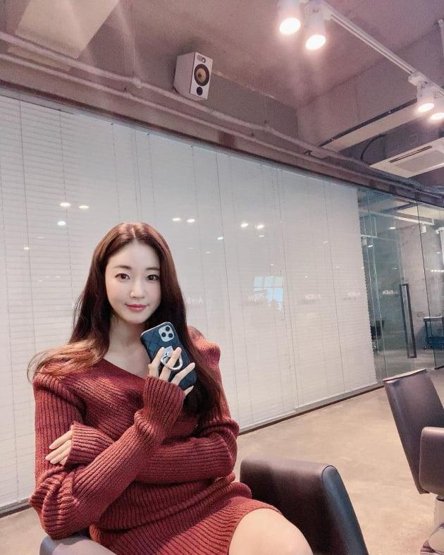 김사랑, 작은 얼굴+이기적 각선미…실사 맞아?