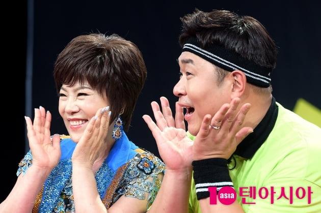 [TEN 포토] 김연자X문세윤 '블링블링~'