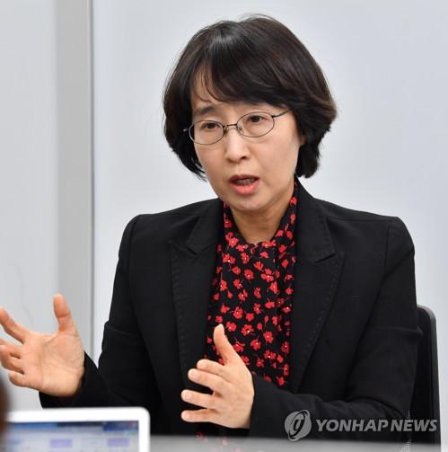 임순영 젠더특보 한밤중 5시간반 경찰 조사…취재진에 묵묵부답