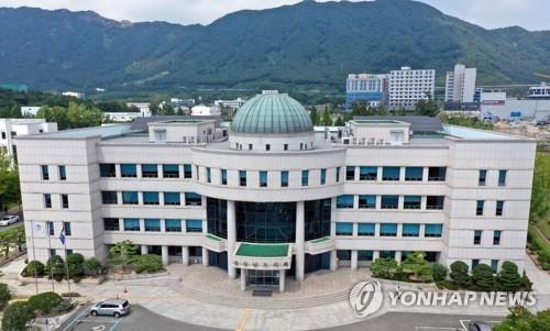 경남도의회 의정 사상 초유 '의장 불신임' 사태 오나