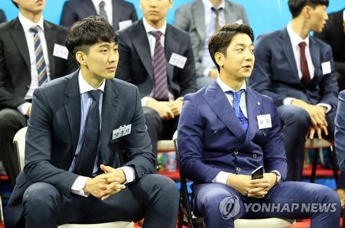 """북 치고 장구 친 MVP 허훈…양홍석은 """"장구 정도는 저도 한 번"""""""