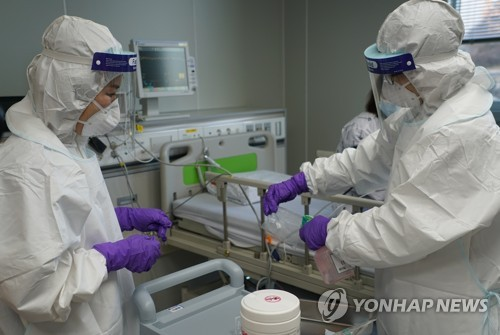 '무더기 감염' 광주 격리병상 64개…비상시 추가 지정(종합)