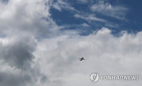 [날씨] 구름 많고 더운 주말…낮 최고 춘천 30도·서울 29도