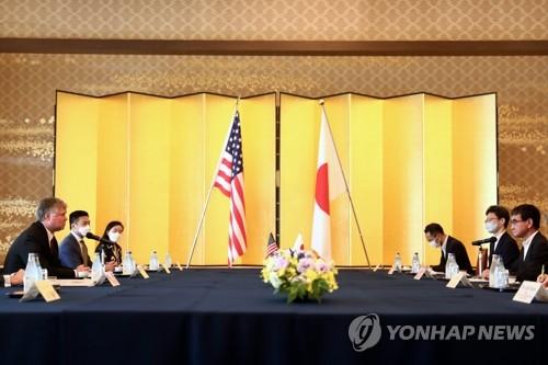 """비건, 일본 당국자 만나서도 """"북한과 대화 준비돼 있어""""(종합)"""