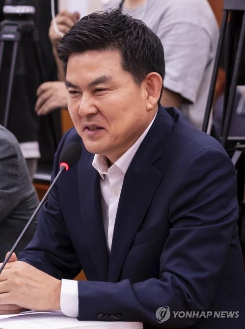 김태호 의원, 공직선거법 위반 혐의로 검찰에 고발당해