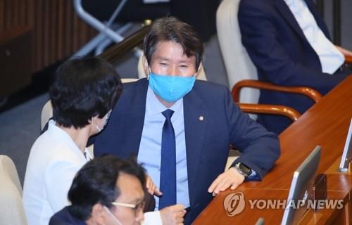 이인영 청문회 나흘 앞으로…자녀문제·대북관 등 쟁점 예상