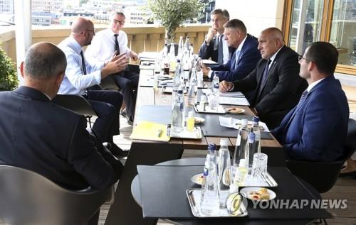 EU 정상회의 나흘째 협상…경제회복기금 교착 타개 모색