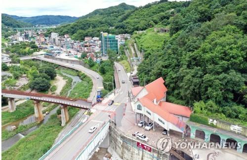 MT 명소 춘천 강촌…'엉뚱발랄' 이색공간으로 제2전성기 추진