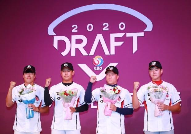 2020 시즌 KBO 드래프트 지명된 kt 신인 / 사진=연합뉴스