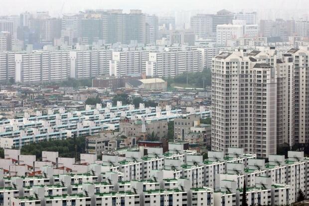 경기도 수원시의 아파트 단지(사진=뉴스1)