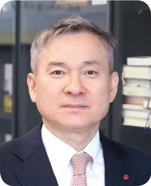 [100대 CEO] 하현회 LG유플러스 부회장, 성공적인 5G 전환…시장 지각변동 일으켜