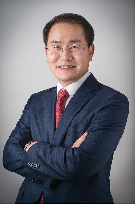 이명수 경영담당 변호사, 화우 금융그룹 성장 이끈 주인공