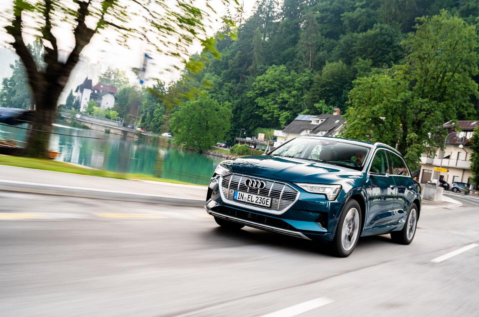 아우디, 세계 대형 전기 SUV 시장서 e-트론 최다 판매