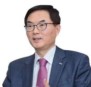 희비 갈린 공기업 경영 평가…손병석 울고 정재훈·조용만 웃었다