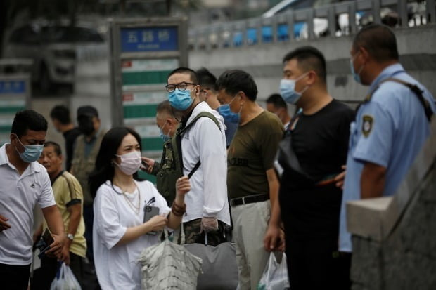 중국에서 신장(新彊)위구르 자치구를 중심으로 신종 코로나바이러스 감염증(코로나19) 확진자가 잇따라 나오고 있다./사진=로이터