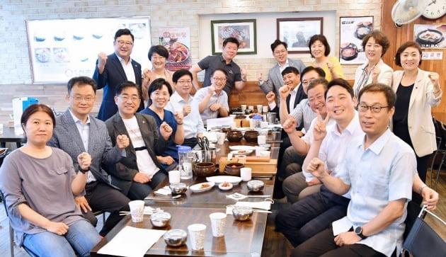 더불어민주당 최고위원 후보 출마, 염태영 수원시장 '각계 지지선언 이어져'