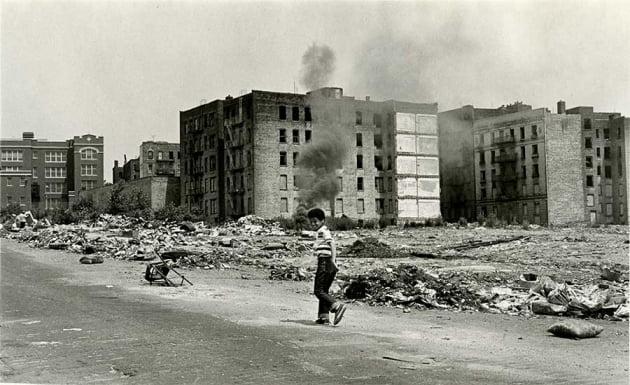 [여기는 논설실] '임대차 통제'가 만든 뉴욕 브롱스의 비극
