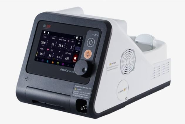 멕아이씨에스의 호흡치료기인 양압지속유지기 HTF700. (사진 = 멕아이씨에스)