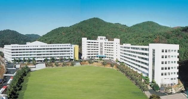 교육부, 사학비리·재정난 등 적발된 동부산대 이달 폐쇄 명령