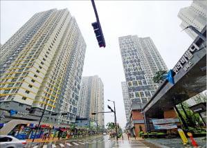 최근 매수 문의가 늘고 있는 경기 시흥 배곧신도시 '한라비발디 캠퍼스 1~3차' 아파트.  신연수  기자