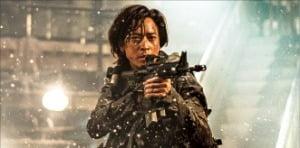 """韓영화 '반도' 570억 벌어…""""전 세계 유일한 흥행 블록버스터"""""""