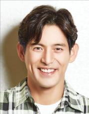 """배우 오지호 """"현란한 전통무술의 대결…대역 없이 해냈죠"""""""
