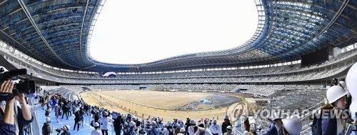 """도쿄올림픽조직위 """"최대 과제는 코로나 대책…간소화 논의도"""""""