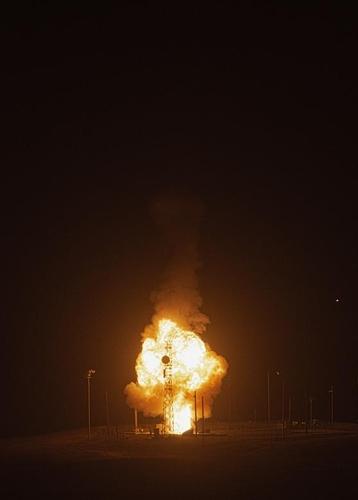 미국, ICBM '미니트맨-3' 시험발사…북·중에 경고인 듯