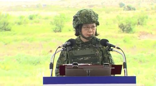 中·대만 대치 속 대만 장교, 중국에 군사기밀 넘기려다 '덜미'