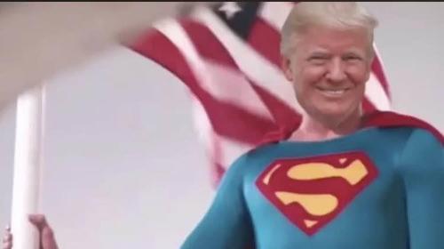 민주 맹공에 아랑곳않는 트럼프, '슈퍼맨' 동영상 리트윗 '맞불'