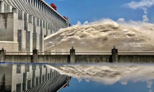 中 최악 홍수에 간쑤·윈난 피해 속출…싼샤댐은 위기 넘겨