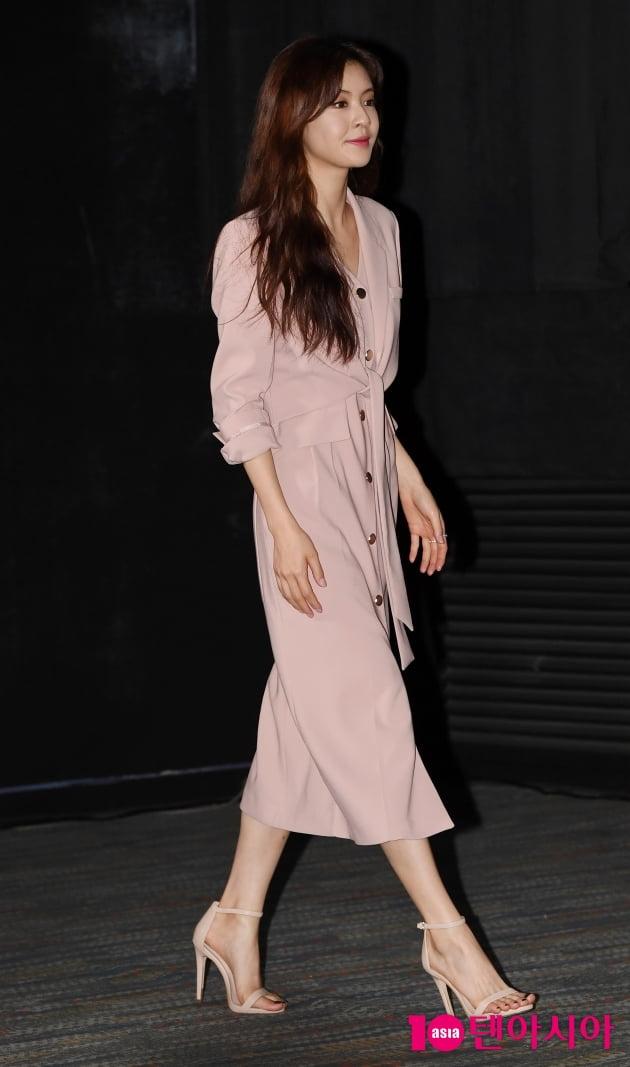 [TEN 포토] '오케이마담' 이선빈 '하늘하늘한 핑크원피스'