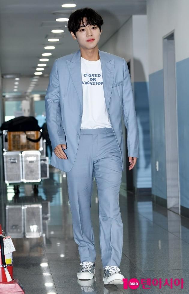 [TEN 포토] 박지훈 '패셔니스타의 남다른 스타일'