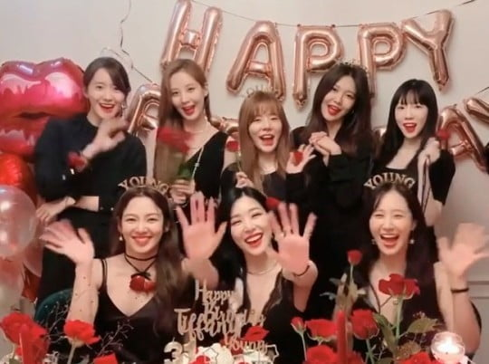 그룹 소녀시대 데뷔 13주년 기념 영상 캡처