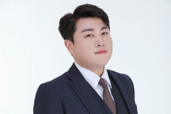 트바로티 김호중 팬클럽이 악플러 30여명을 지난 7일 경찰에 고발했다. /사진= 생각을보여주는엔터테인먼트 제공