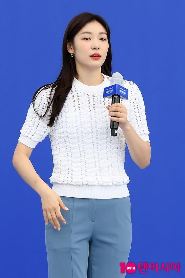 [TEN 포토] 김연아 '무더위 날리는 청량미모'