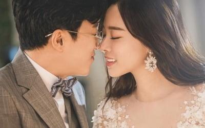 박성광♥이솔이 오늘 결혼…웨딩화보 공개