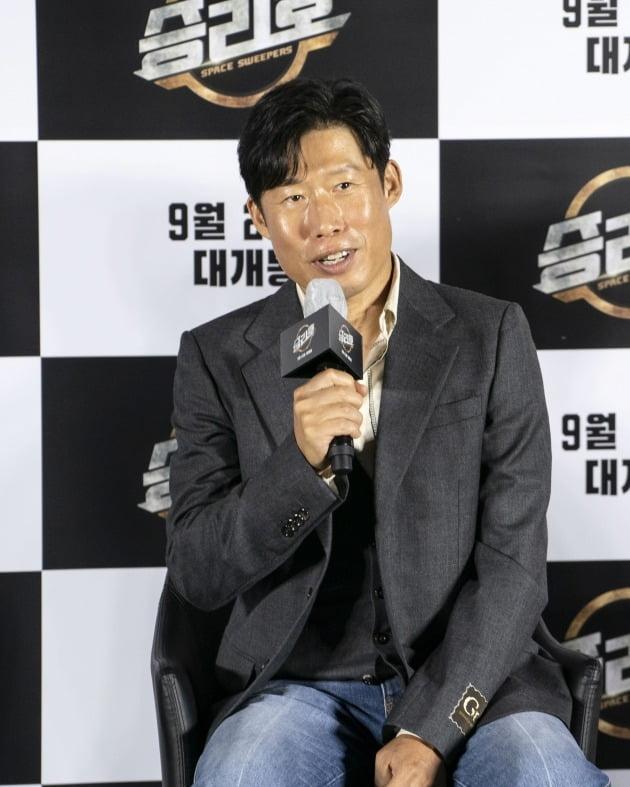 배우 유해진이 영화 '승리호'의 온라인 제작보고회에 참석했다. / 사진제공=메리크리스마스