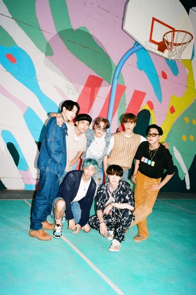 그룹 방탄소년단의 디지털 싱글 'Dynamite' 티저 포토. /사진제공=빅히트엔터테인먼트