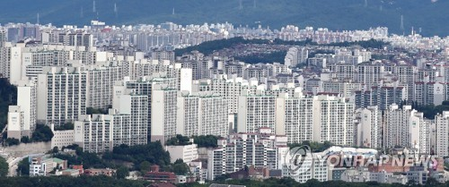 임대차 3법 통과후 서울 전셋값 더 뛰어…7개월만에 최대폭 상승