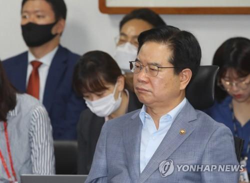 """경찰청장 """"검경 수사권조정 시행령 제정안, 개혁 취지 어긋나"""""""