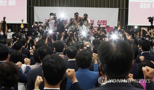 통합, 원내투쟁 전열정비…8월 '핀셋국회' 예고