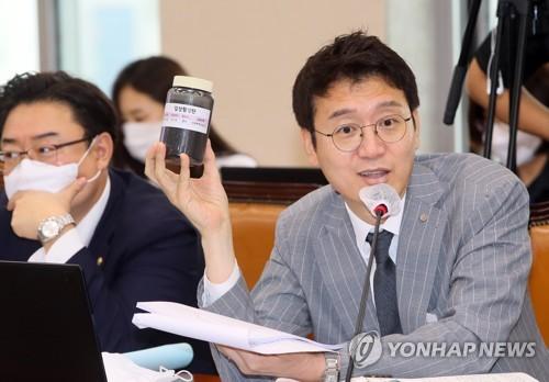 """이번엔 김웅·허은아…'초선 충고' 김부겸에 """"민주당은?"""" 반박"""