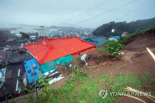 폭우 피해 '눈덩이'…이재민 1천610명·농경지 8천33㏊ 피해
