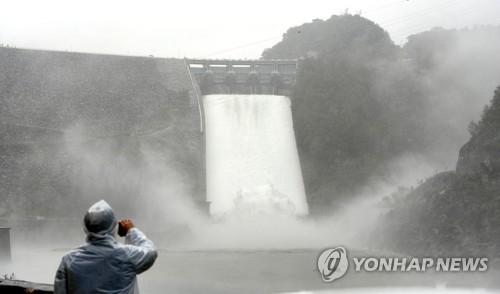 소양강댐 수문 개방 6일 연장…21일까지 방류