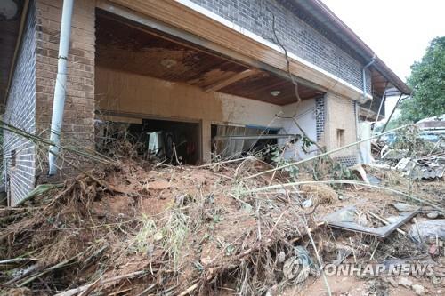 '300년 전 담장·명승 명옥헌'…폭우에 상처 난 담양 문화재