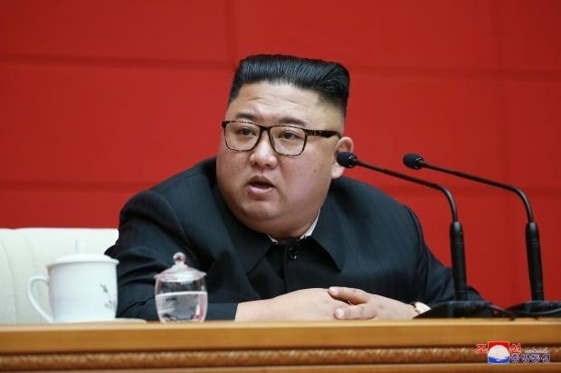 정치국 회의 주재하는 북한 김정은 위원장 /사진=연합뉴스