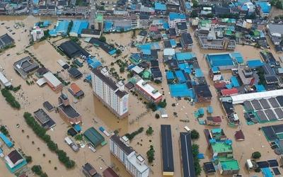 42명 사망·실종 '9년 만에 최악'…내일 낮엔 태풍 덮친다