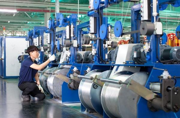 LS전선의 알루미늄 생산라인.     LS전선 제공